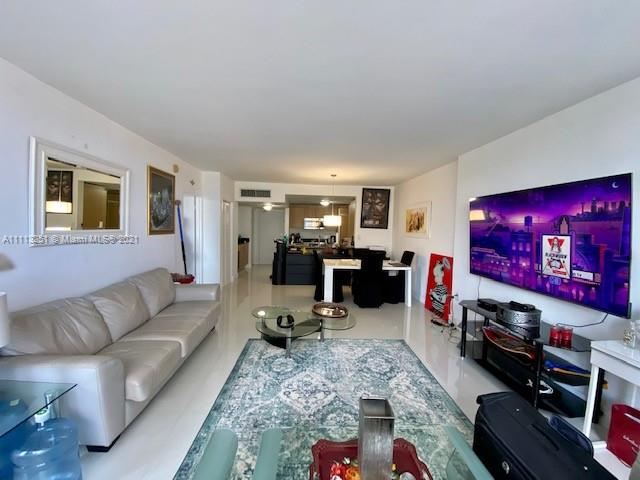 10275 Collins Ave #316 photo010