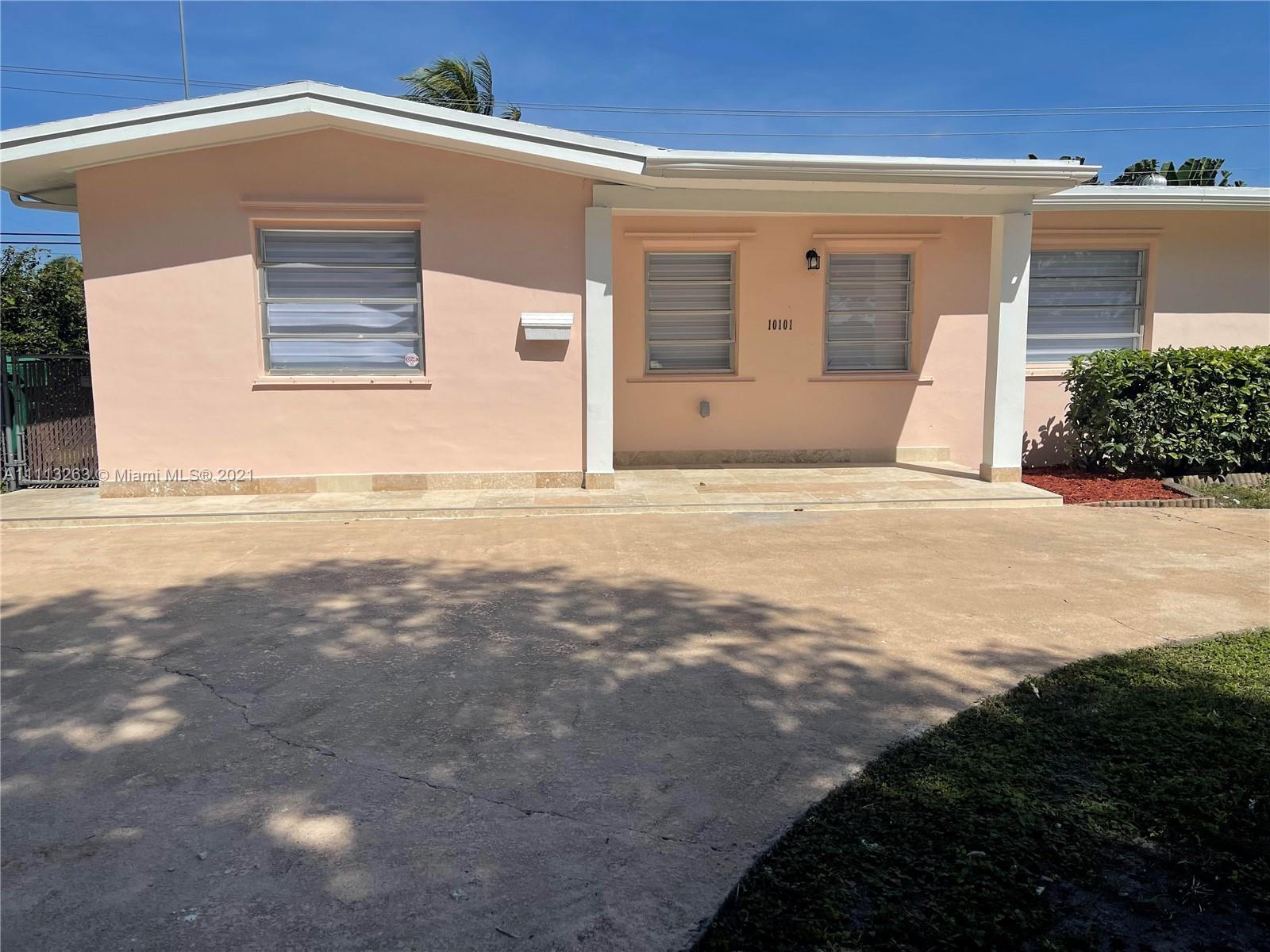 Single Family Home,For Sale,10101 SW 56th St, Miami, Florida 33165,Brickell,realty,broker,condos near me