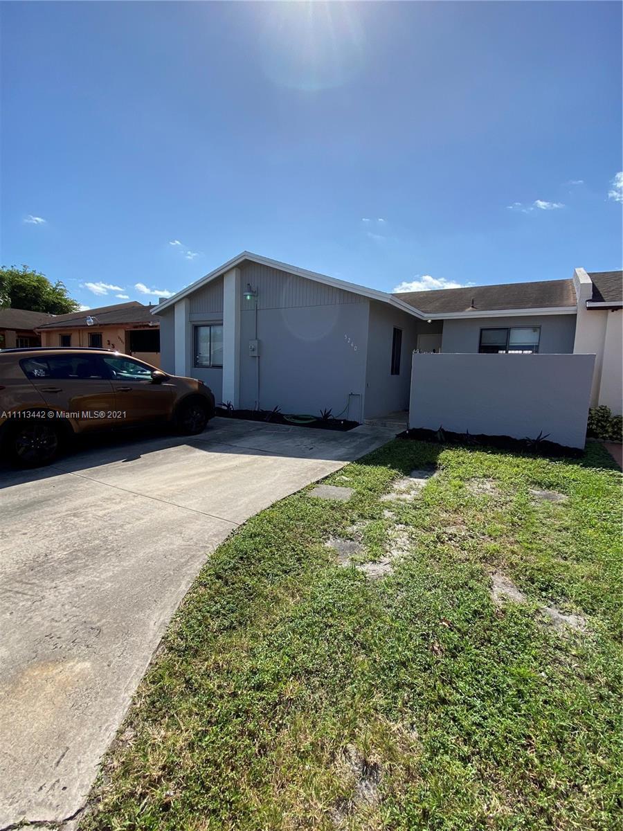Single Family Home,For Sale,5240 NW 196th Ter, Miami Gardens, Florida 33055,Brickell,realty,broker,condos near me