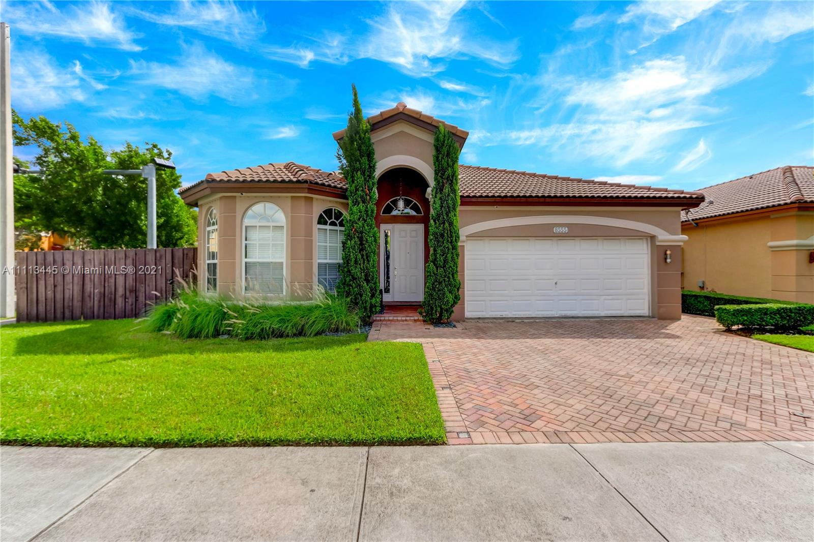 Islands At Doral #8555 - 8555 NW 111th Ct #8555, Doral, FL 33178