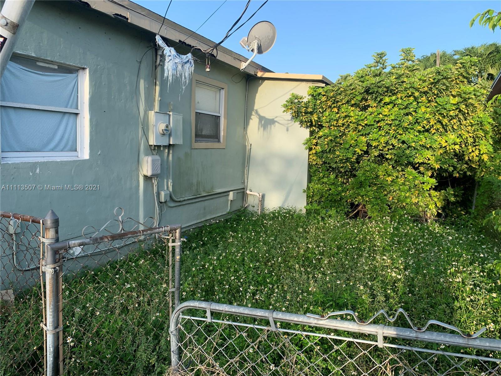 Single Family Home,For Sale,3732 SW 87th Ave, Miami, Florida 33165,Brickell,realty,broker,condos near me