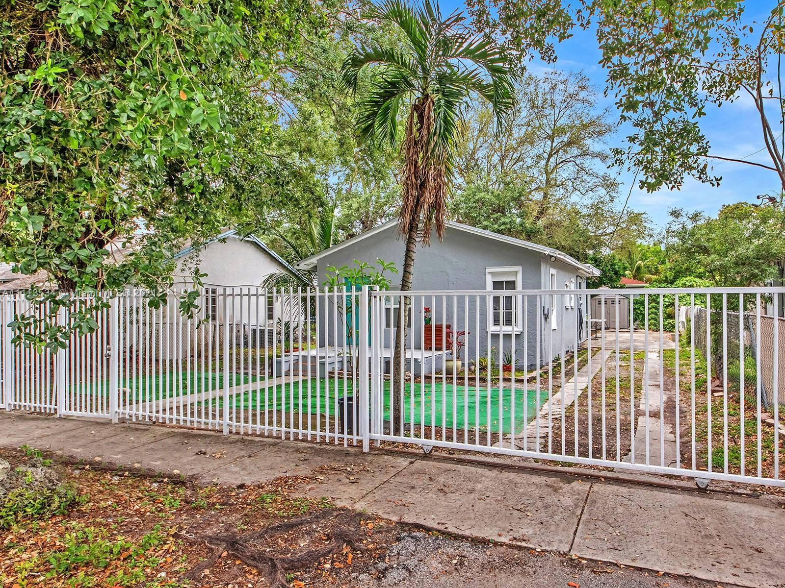 Single Family Home,For Sale,7930 NW 10th Ct, Miami, Florida 33150,Brickell,realty,broker,condos near me
