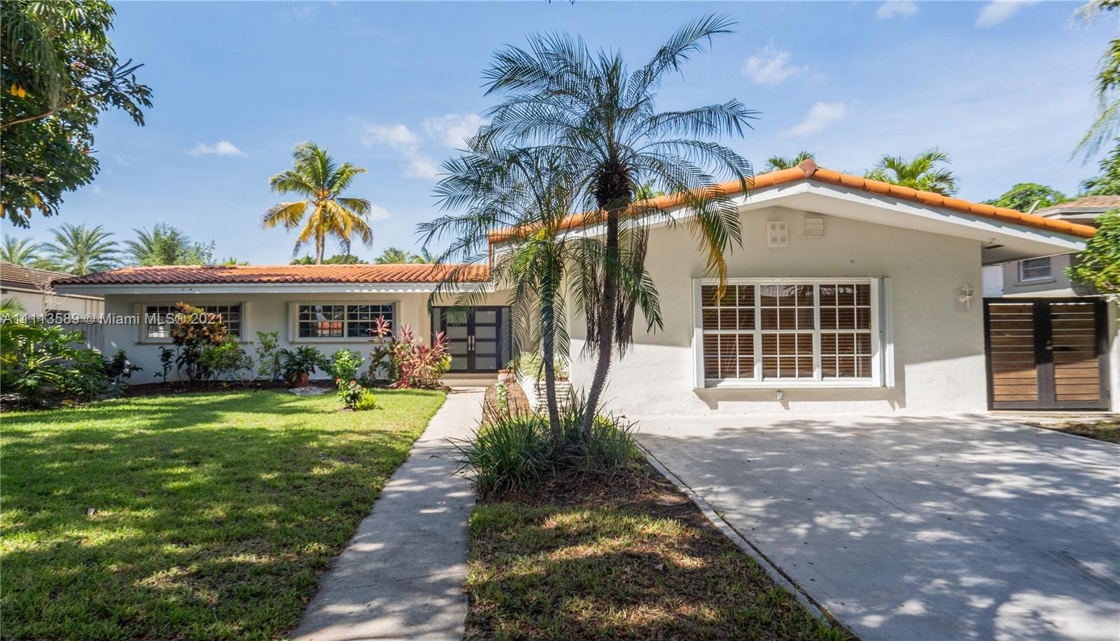 Single Family Home,For Rent,12710 Cyprus Rd, North Miami, Florida 33181,Brickell,realty,broker,condos near me