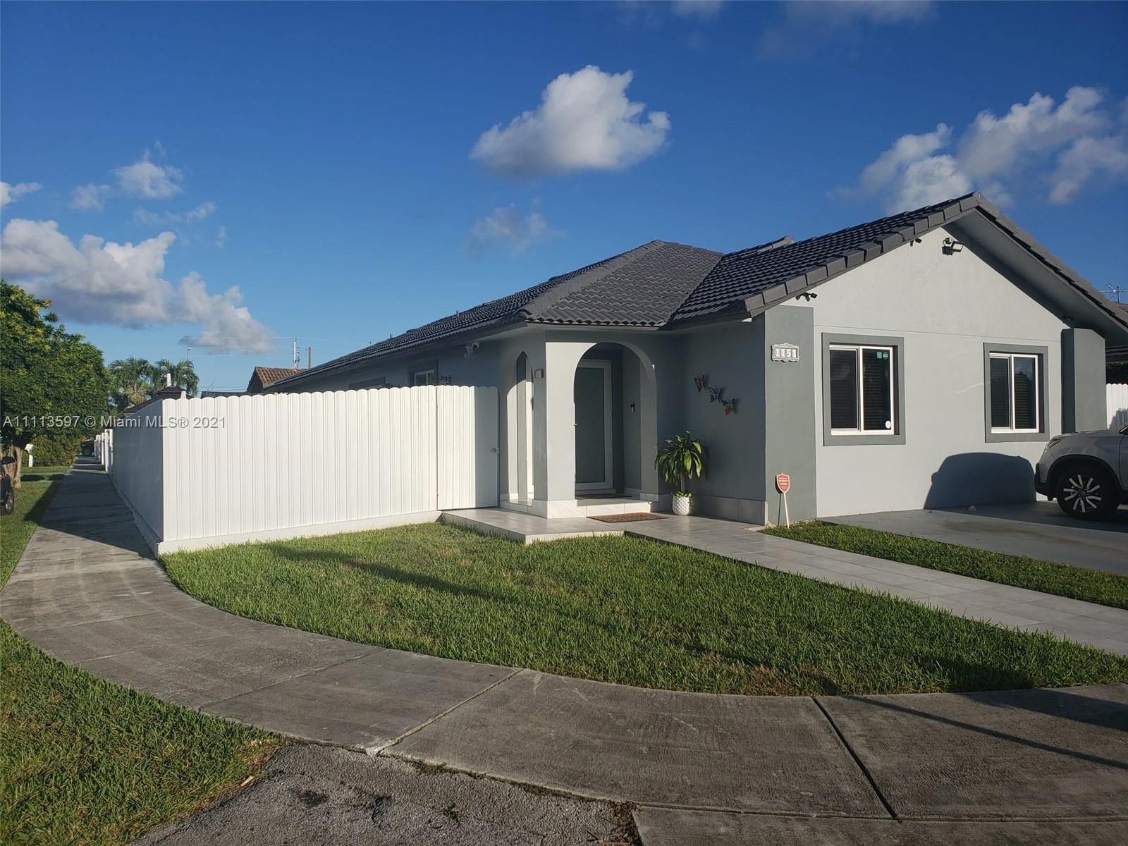 Single Family Home,For Sale,1151 SW 142nd Pl, Miami, Florida 33184,Brickell,realty,broker,condos near me