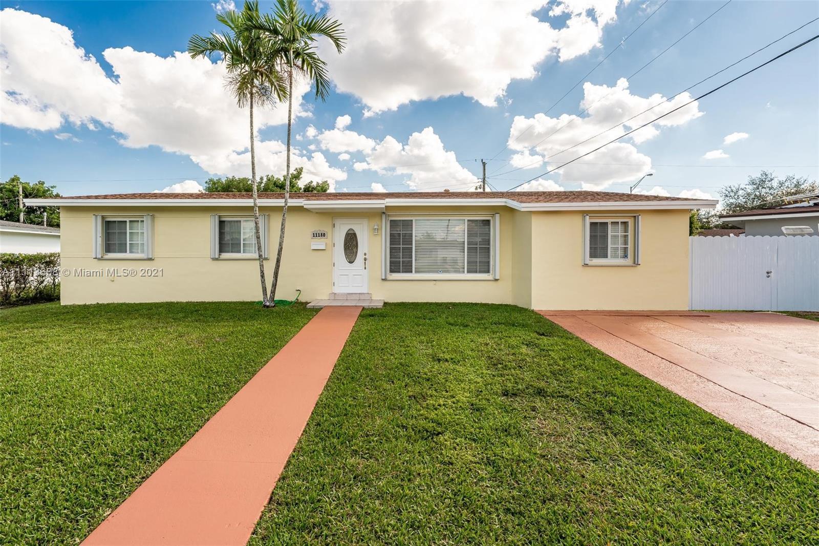 Snapper Creek - 11180 SW 61st Ter, Miami, FL 33173