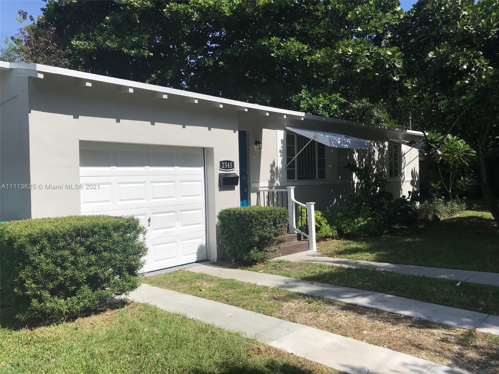 Silver Bluff - 2545 Tequesta Ln, Miami, FL 33133