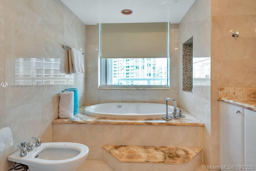 16500 Collins Ave #1551 photo014