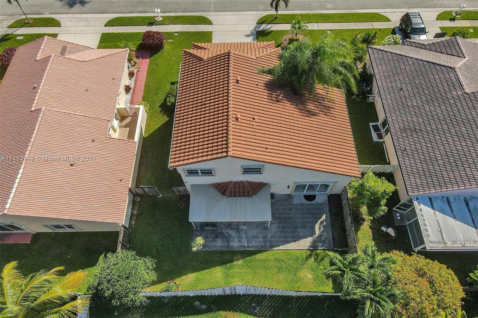1060 NW 189th Ave photo047