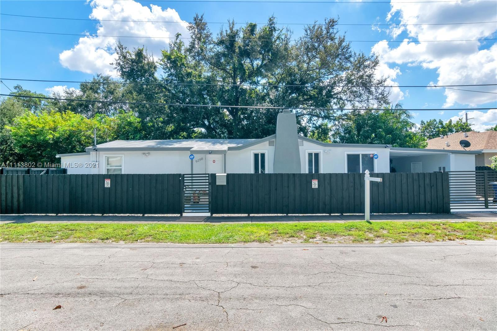 Single Family Home,For Rent,9398 NW 4th Ave, Miami, Florida 33150,Brickell,realty,broker,condos near me