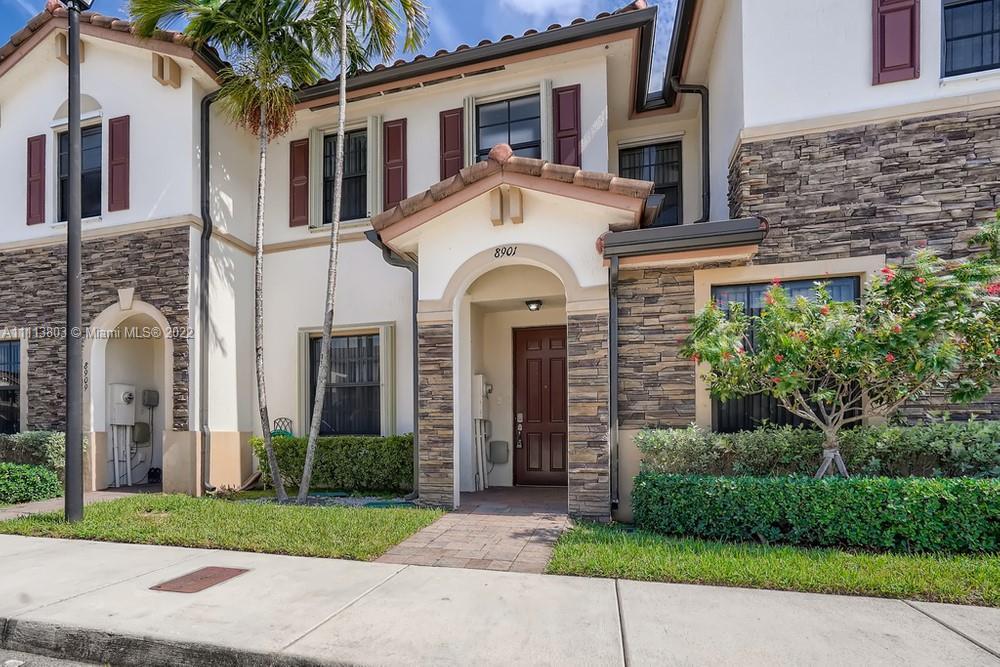 Single Family Home For Sale BELLAGIO VILLAS1,422 Sqft