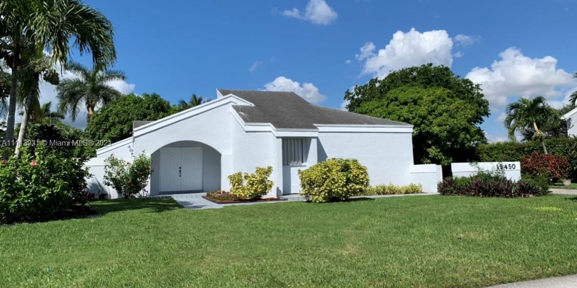 Single Family Home,For Sale,15450 SW 155th Ave, Miami, Florida 33187,Brickell,realty,broker,condos near me