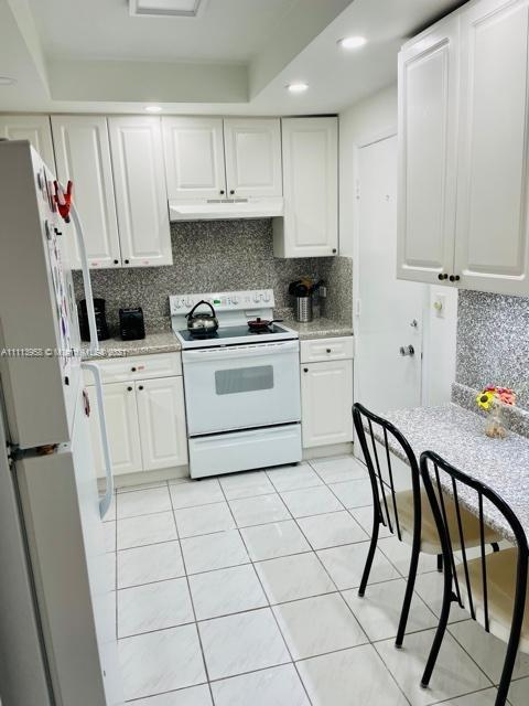 5005 Collins Ave #211 photo022