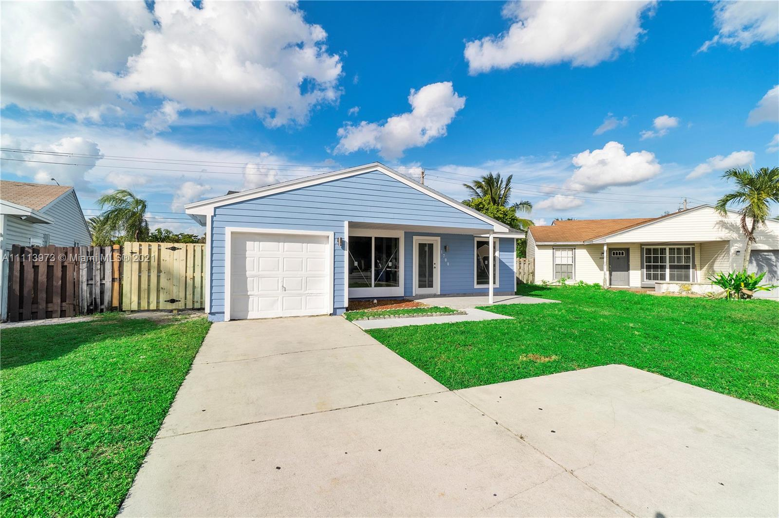 1700 SW 82nd Ter photo026