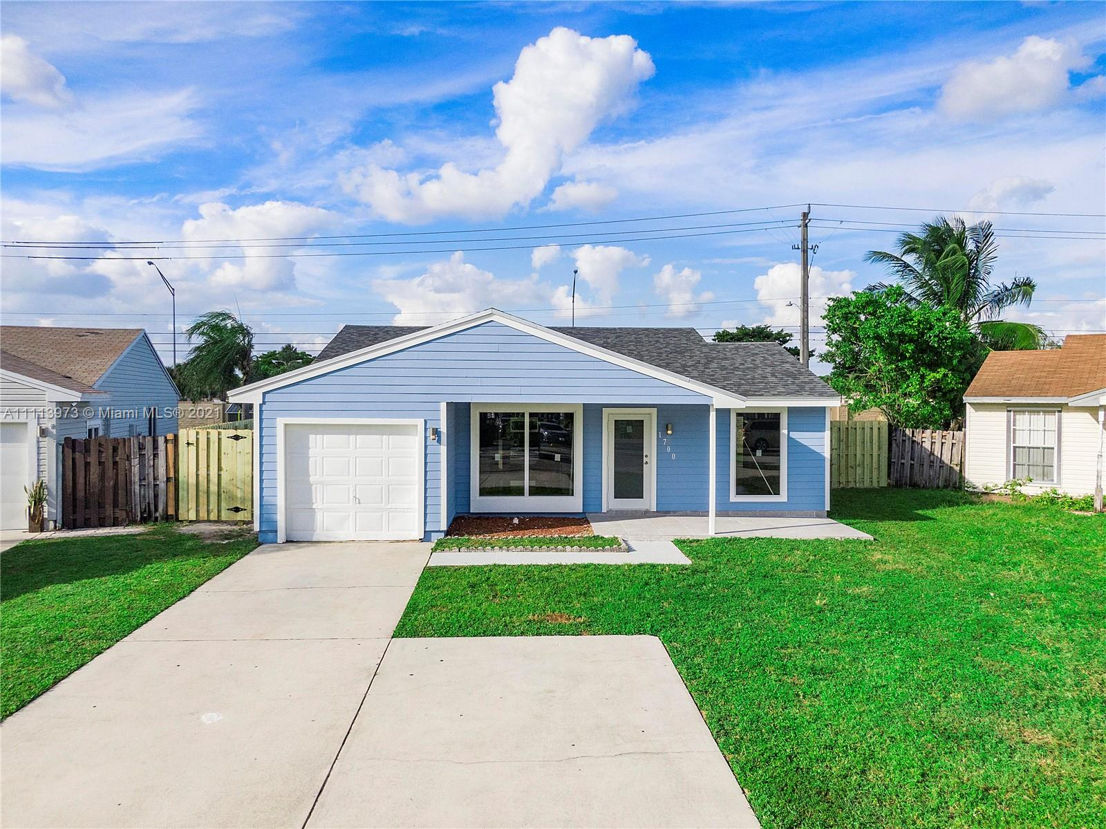 1700 SW 82nd Ter photo01