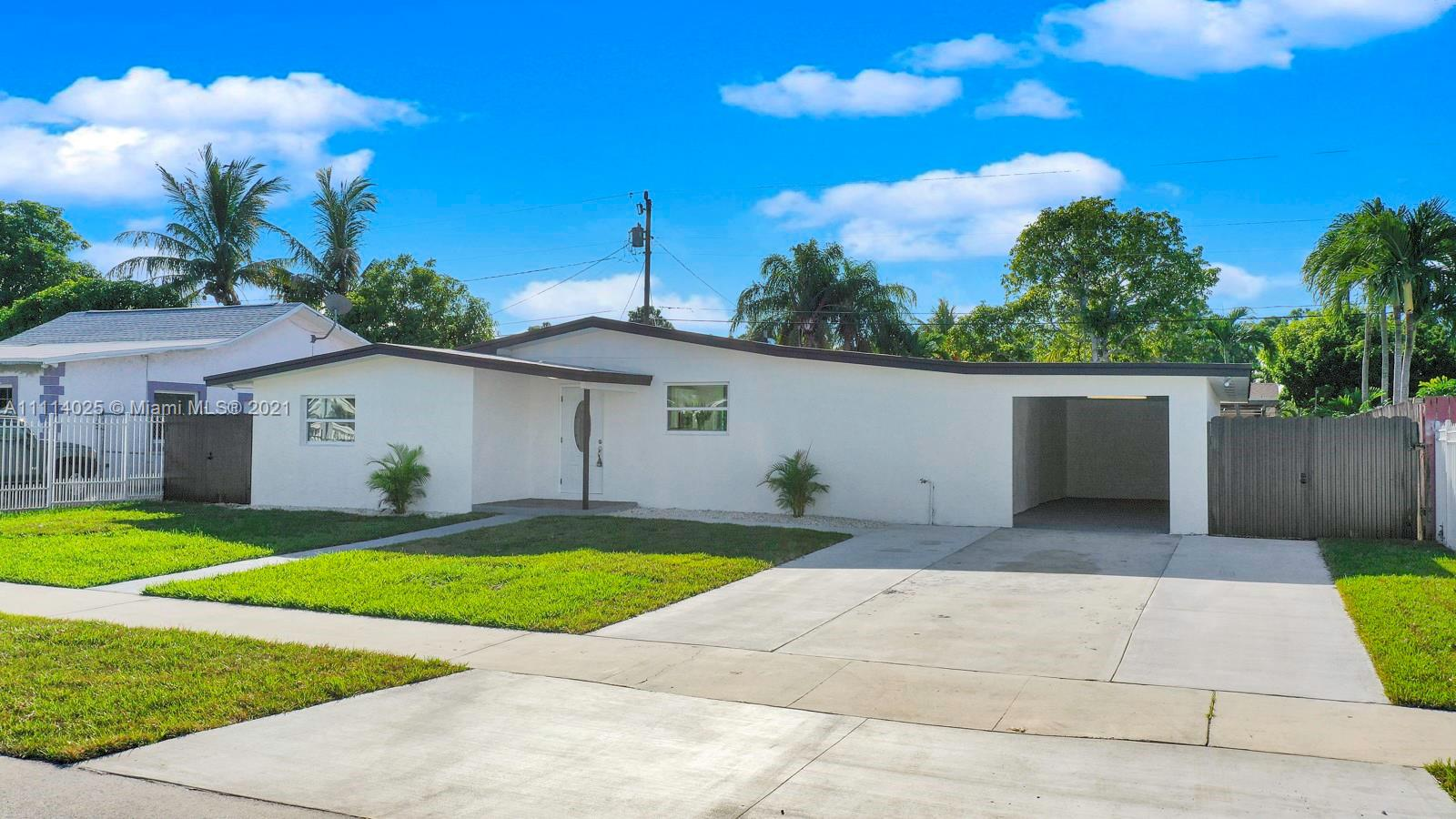 Single Family Home For Sale SO MIAMI HEIGHTS MANOR1,653 Sqft