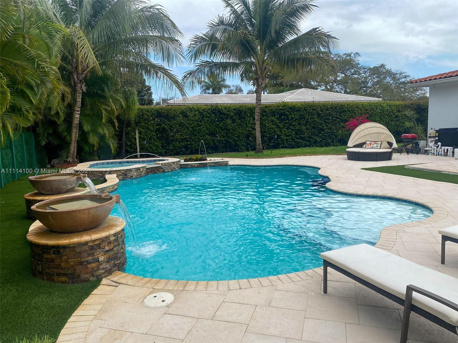 Single Family Home For Sale MIAMI SHORES SEC 52,042 Sqft