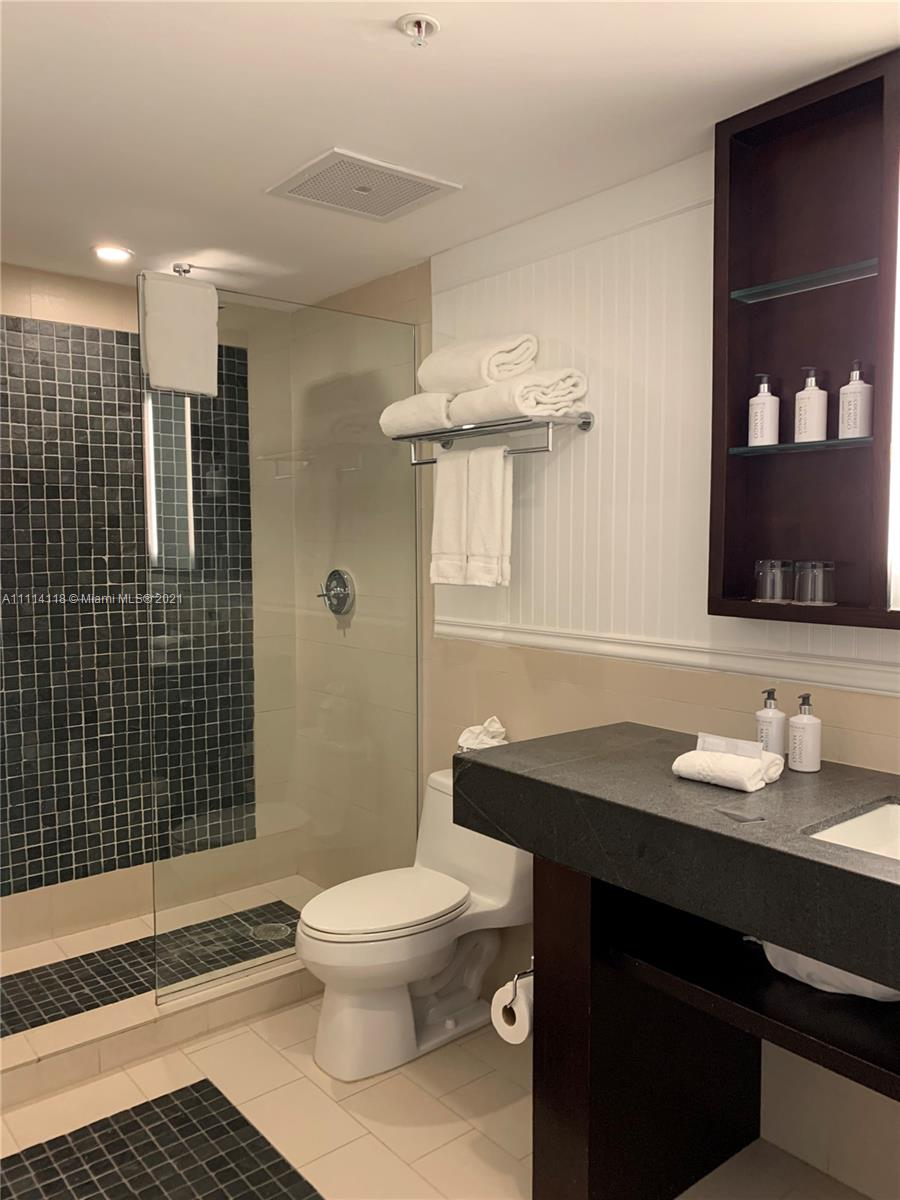 17315 Collins Ave #1201 photo043