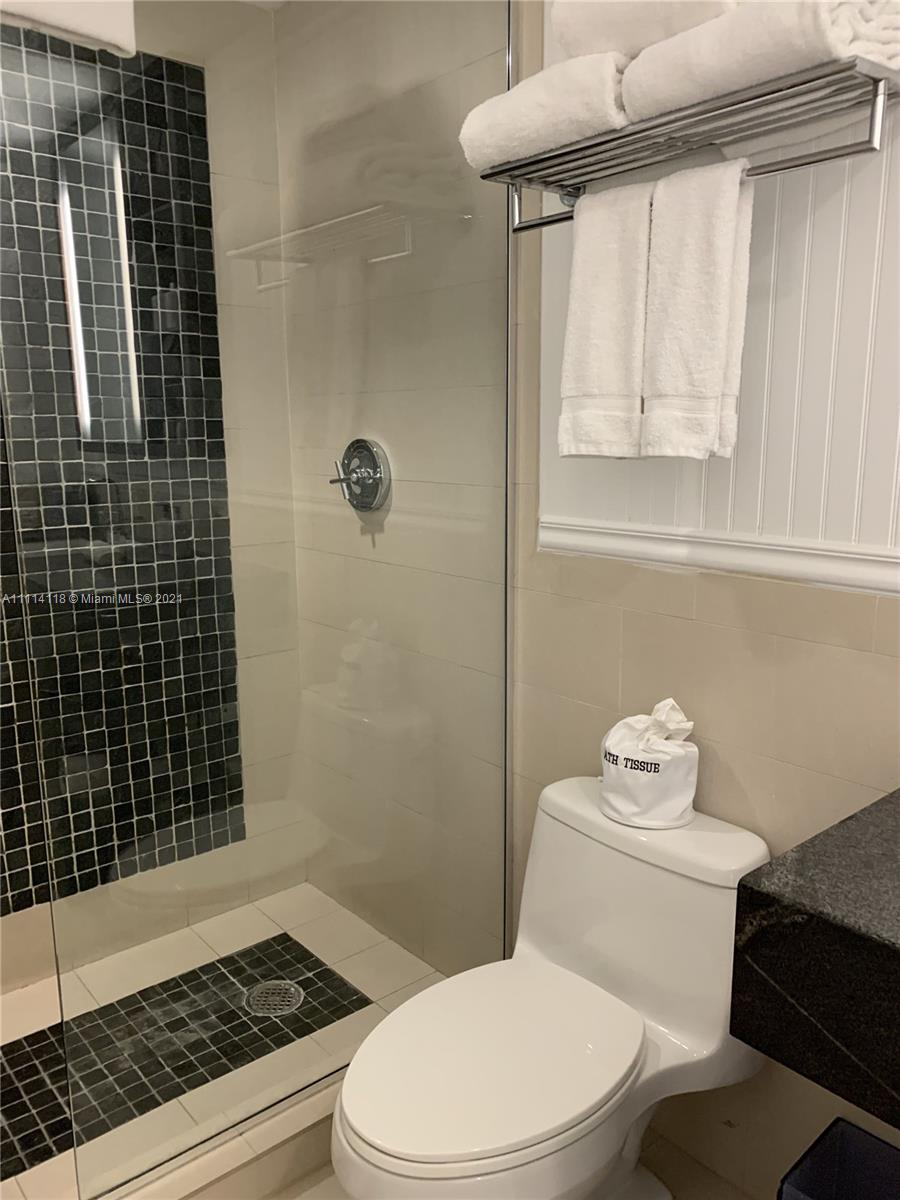 17315 Collins Ave #1201 photo041