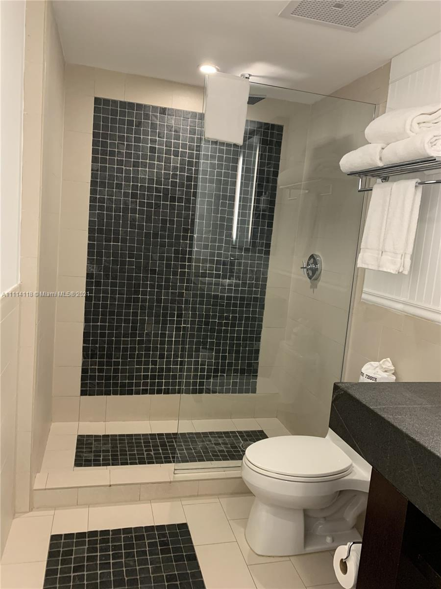 17315 Collins Ave #1201 photo040