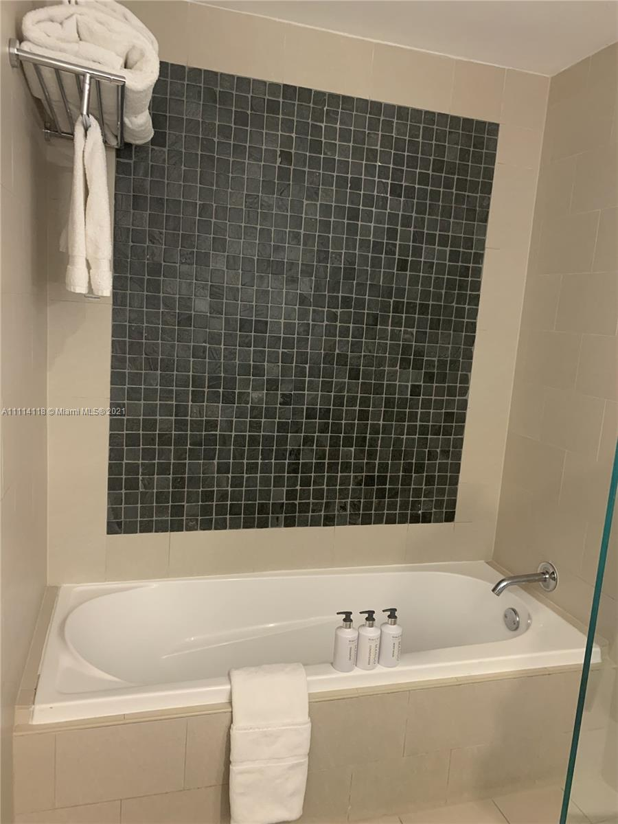 17315 Collins Ave #1201 photo021
