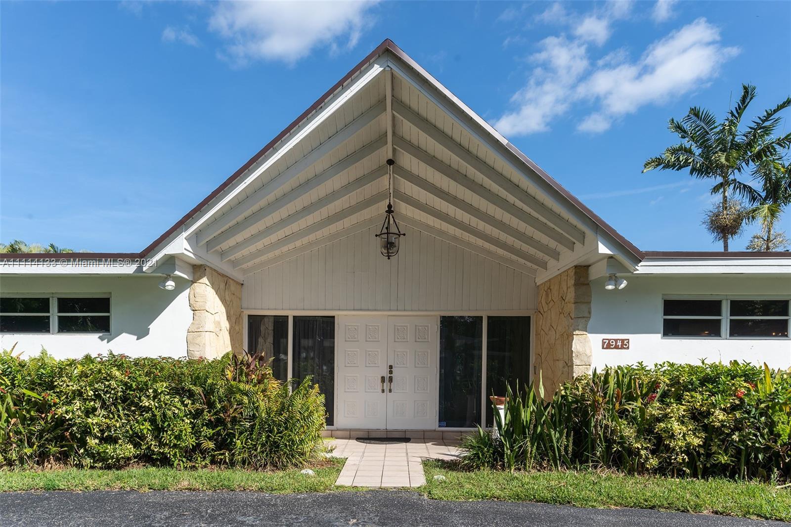 Single Family Home For Sale HERMAN MNR,Herman Manor3,148 Sqft