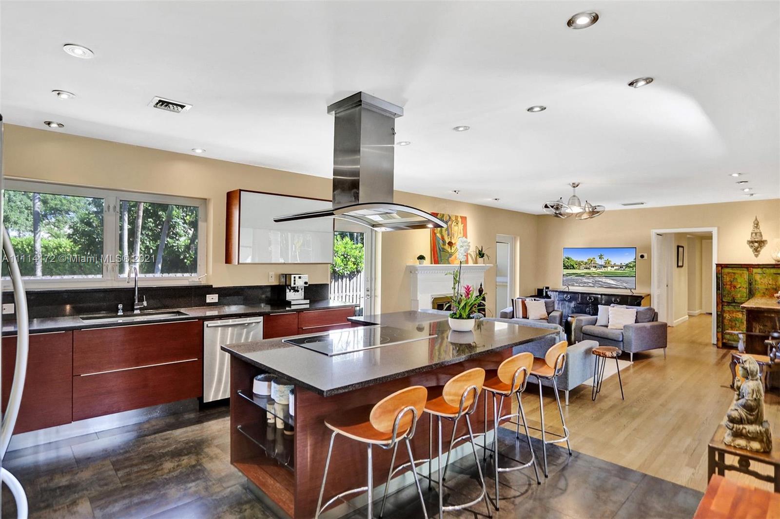 Single Family Home For Sale BISCAYNE PARK KINGS RESUB2,425 Sqft