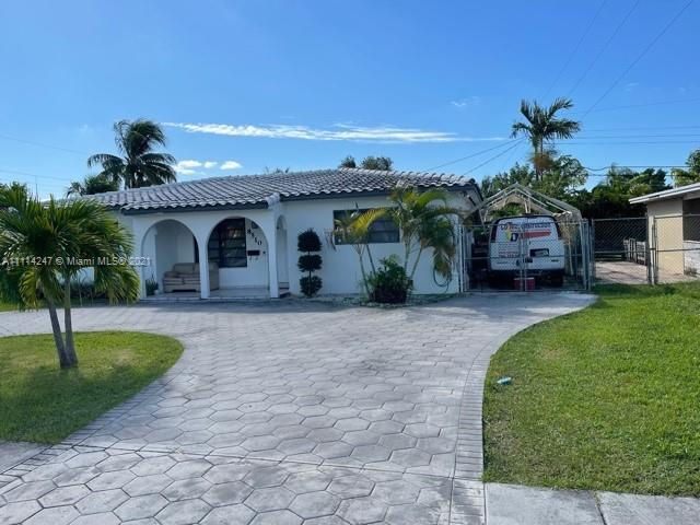Single Family Home,For Sale,8510 SW 42nd St, Miami, Florida 33155,Brickell,realty,broker,condos near me