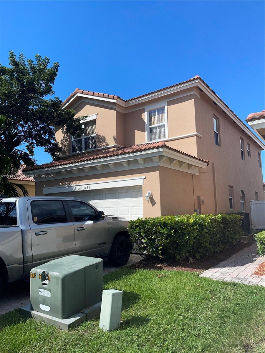 Single Family Home,For Sale,3725 NE 10th St, Homestead, Florida 33033,Brickell,realty,broker,condos near me