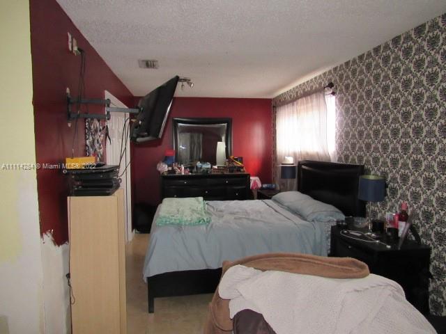5900 W 3rd Ln photo014