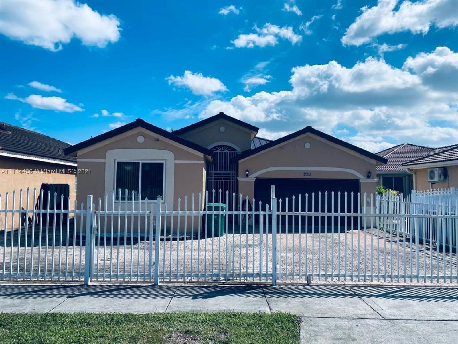 Single Family Home For Sale PONCE ESTATES SEC 12,287 Sqft