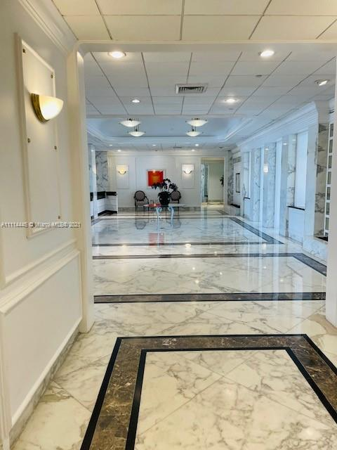 5700 Collins Ave #4N photo022