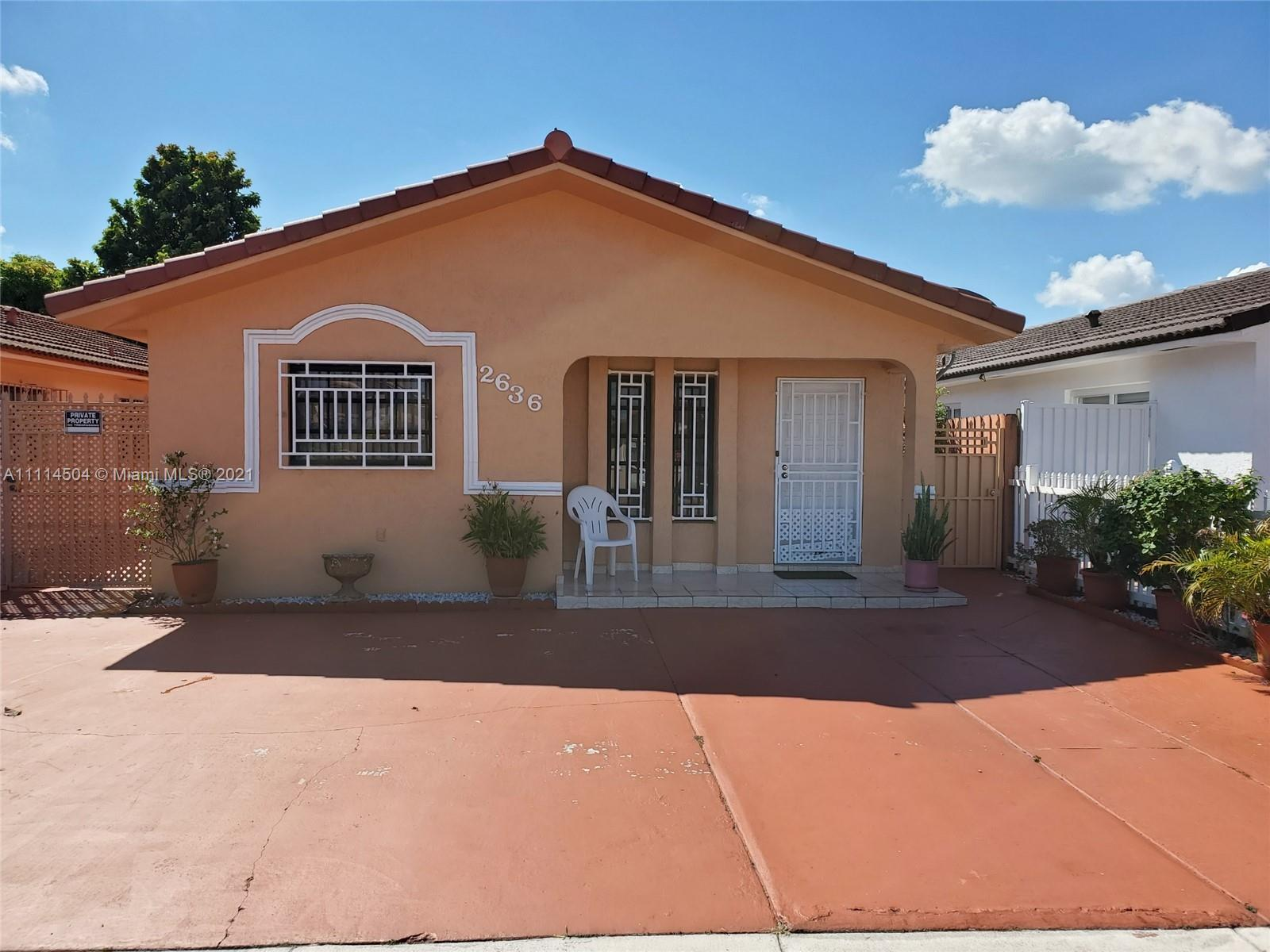 Single Family Home,For Sale,2636 W 72nd St, Hialeah, Florida 33016,Brickell,realty,broker,condos near me