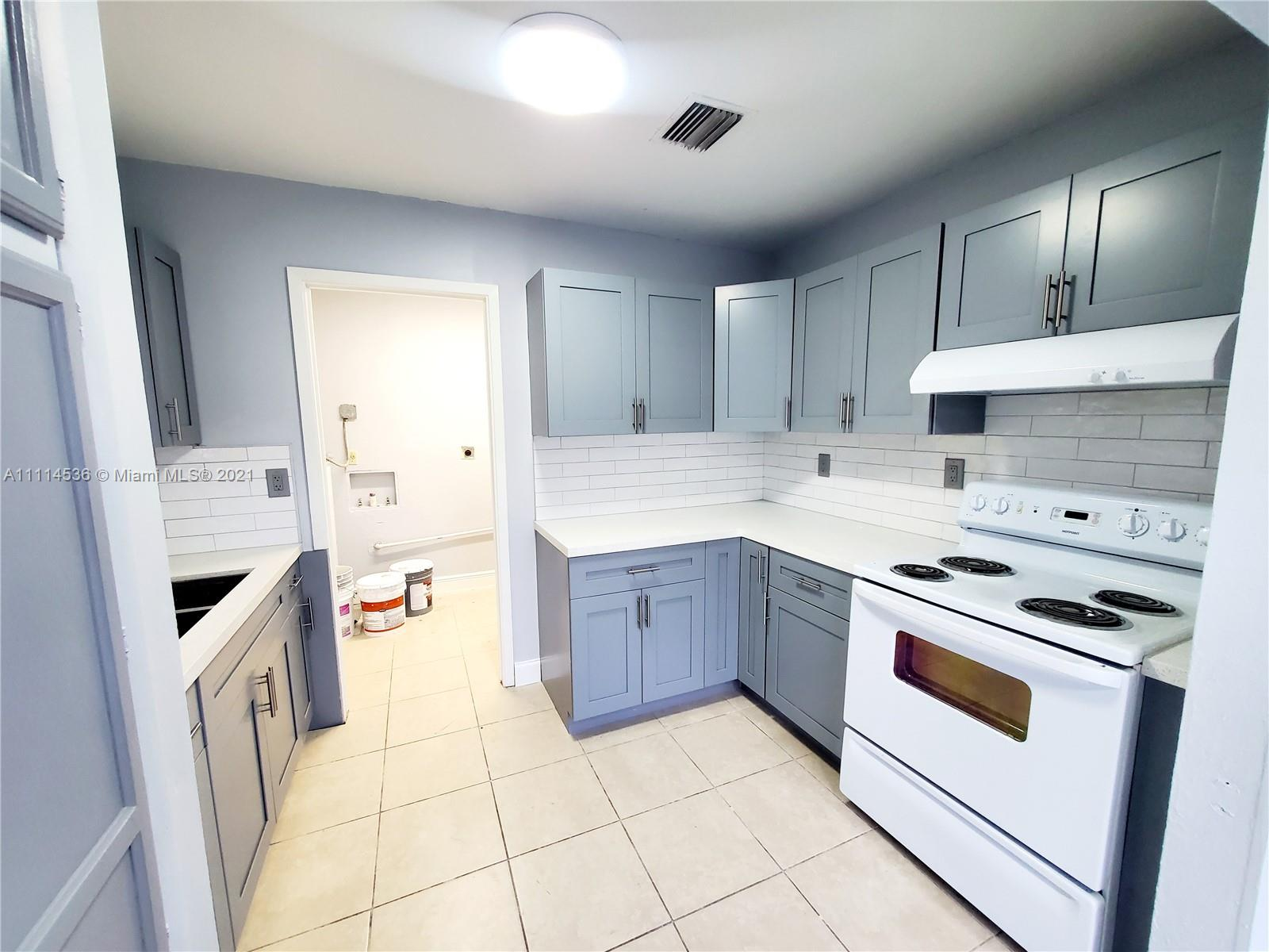 Single Family Home For Rent SOUTH MIAMI HEIGHTS 1ST A1,200 Sqft