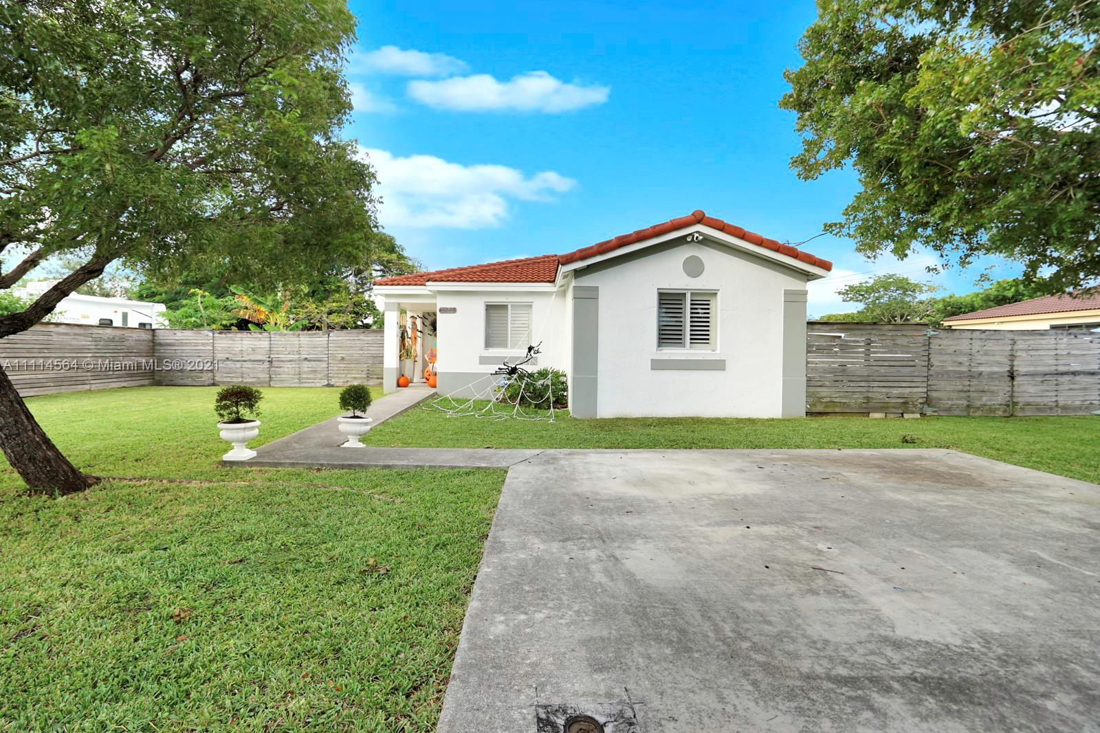 Single Family Home,For Sale,10447 SW 181st St, Miami, Florida 33157,Brickell,realty,broker,condos near me