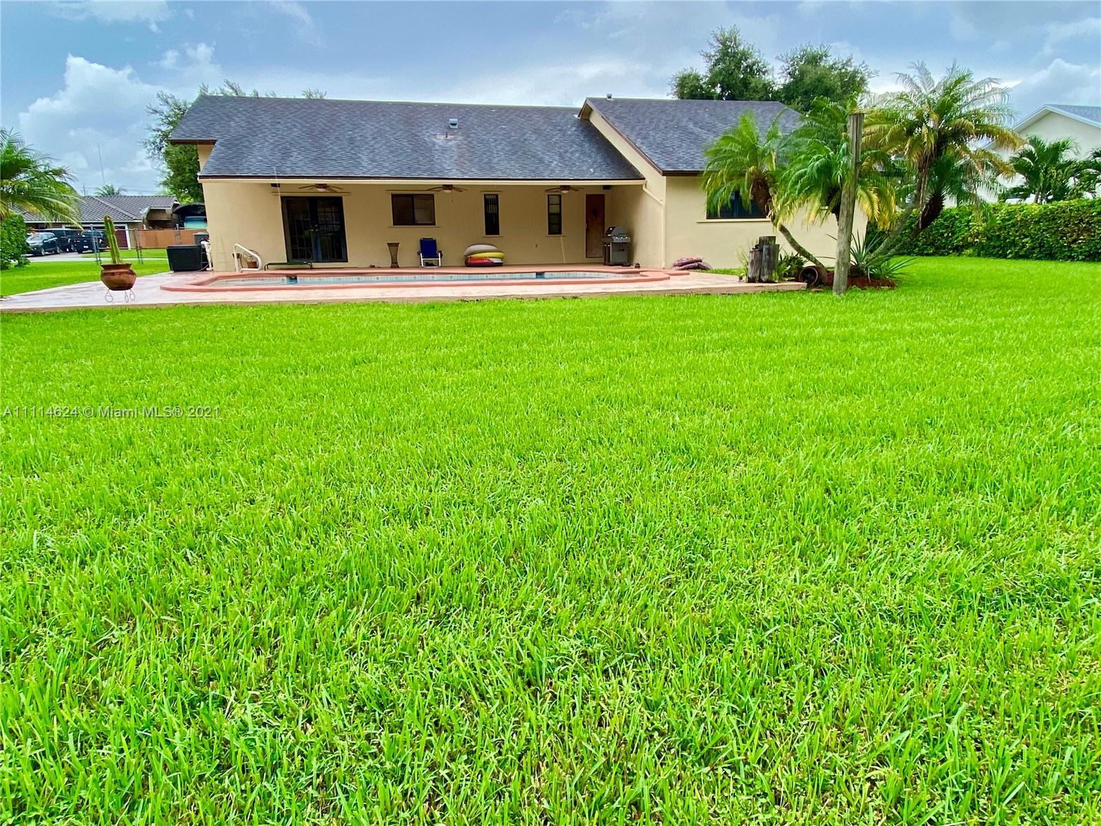 Single Family Home For Sale REDLANDS MANSIONS,Redland Mansions1,840 Sq