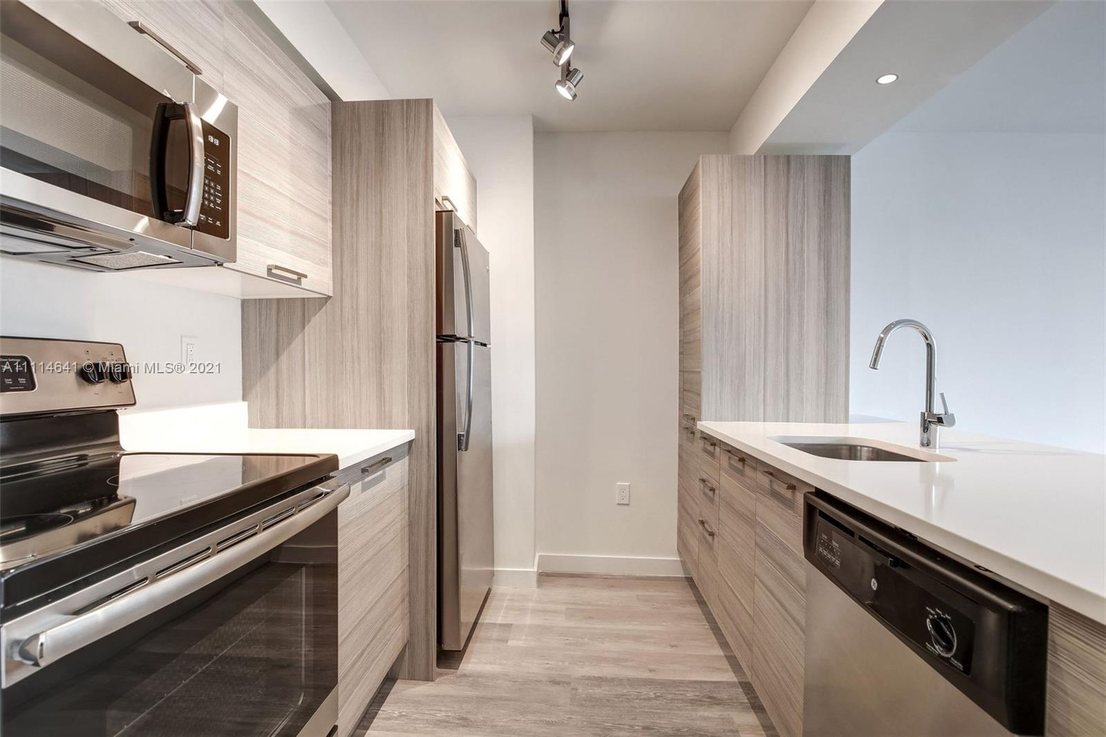 Condo For Rent at Bay Parc,Bay Parc Plaza