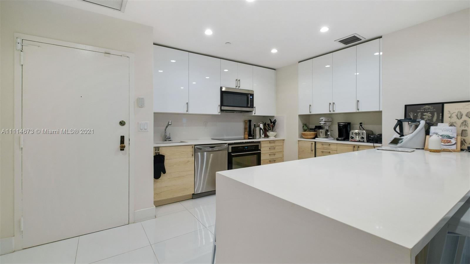 Condo For Rent at THE EMERALDBAY @ KEY COLO