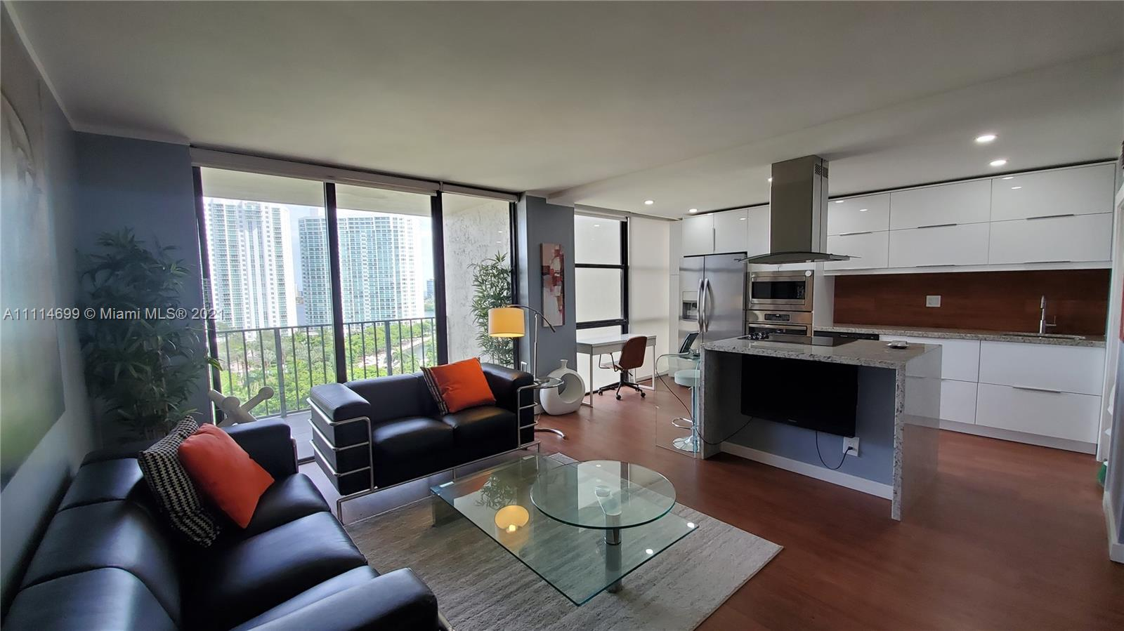 TOWER AT BISCAYNE COVE CO Condo,For Rent,TOWER AT BISCAYNE COVE CO Brickell,realty,broker,condos near me