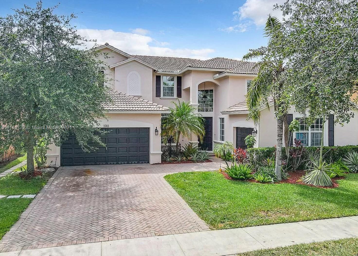Weston - 3743 W Gardenia Ave, Weston, FL 33332