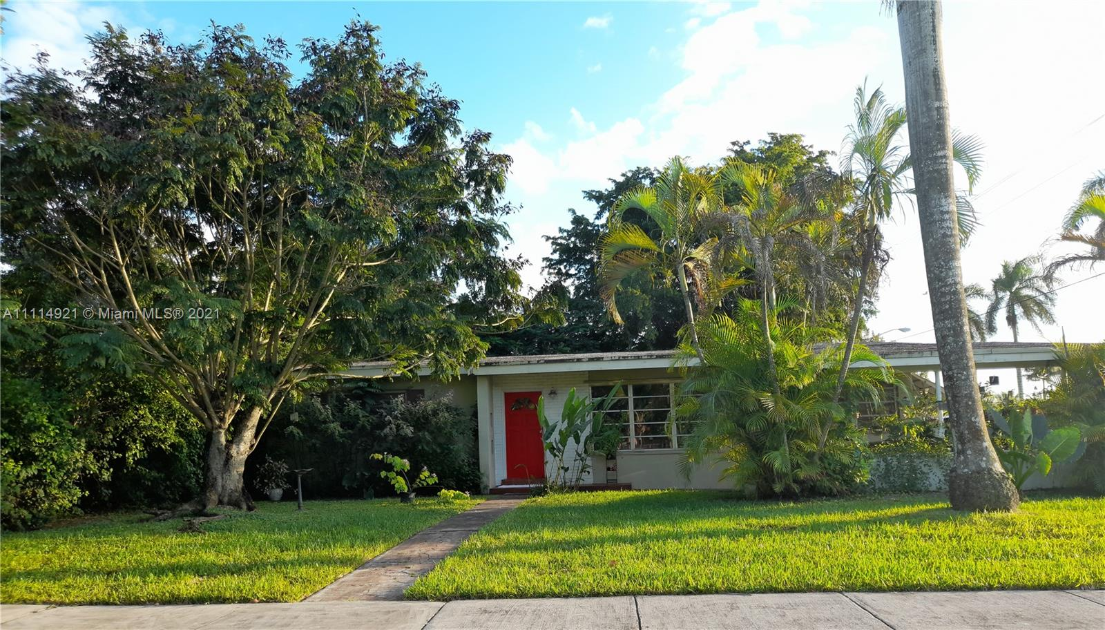 Single Family Home,For Sale,1730 NW 9th Ct, Homestead, Florida 33030,Brickell,realty,broker,condos near me
