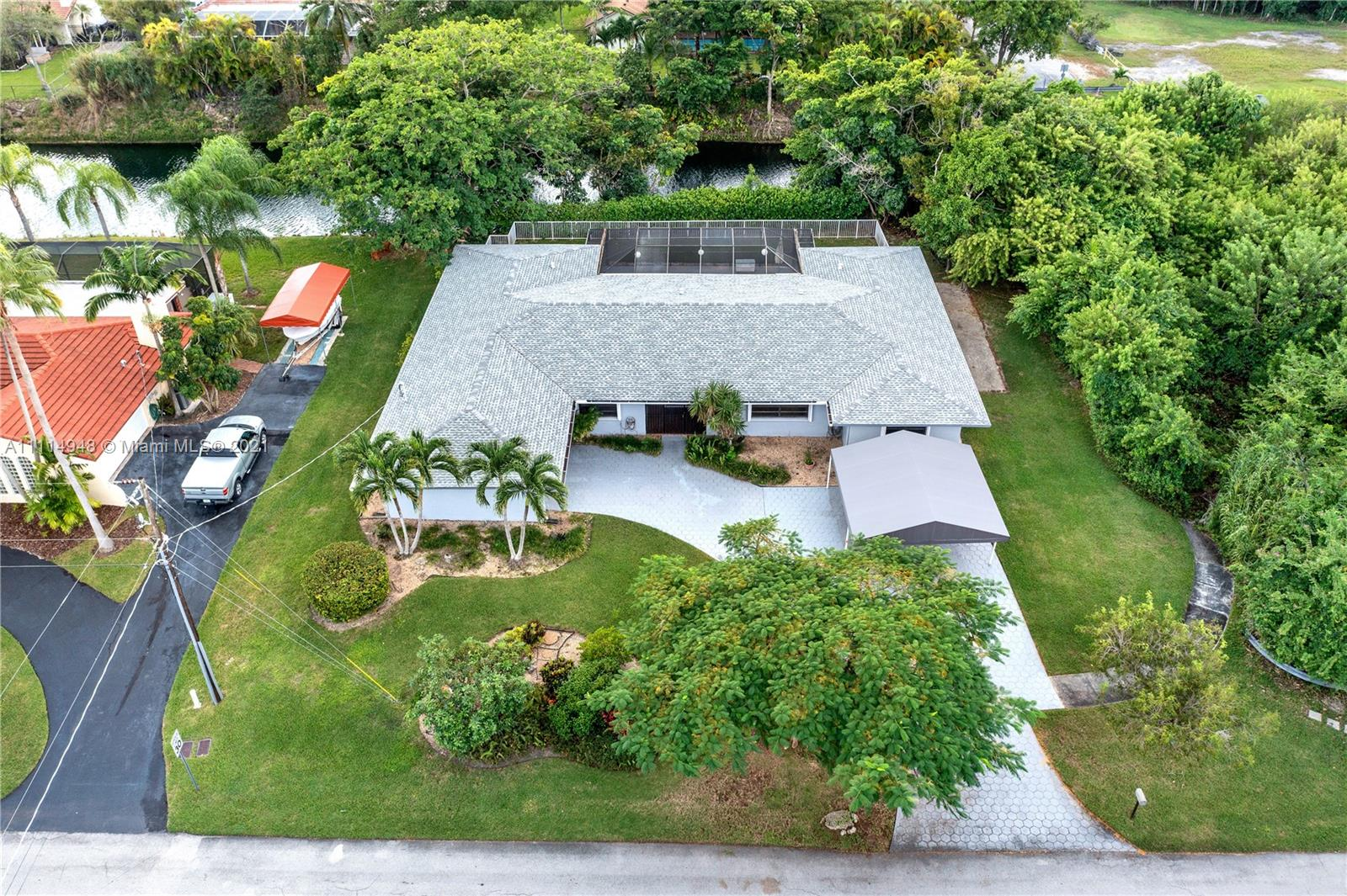 Single Family Home,For Sale,7690 SW 173rd St, Palmetto Bay, Florida 33157,Brickell,realty,broker,condos near me