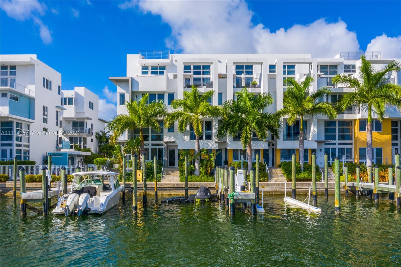Condo For Sale at Iris on The Bay