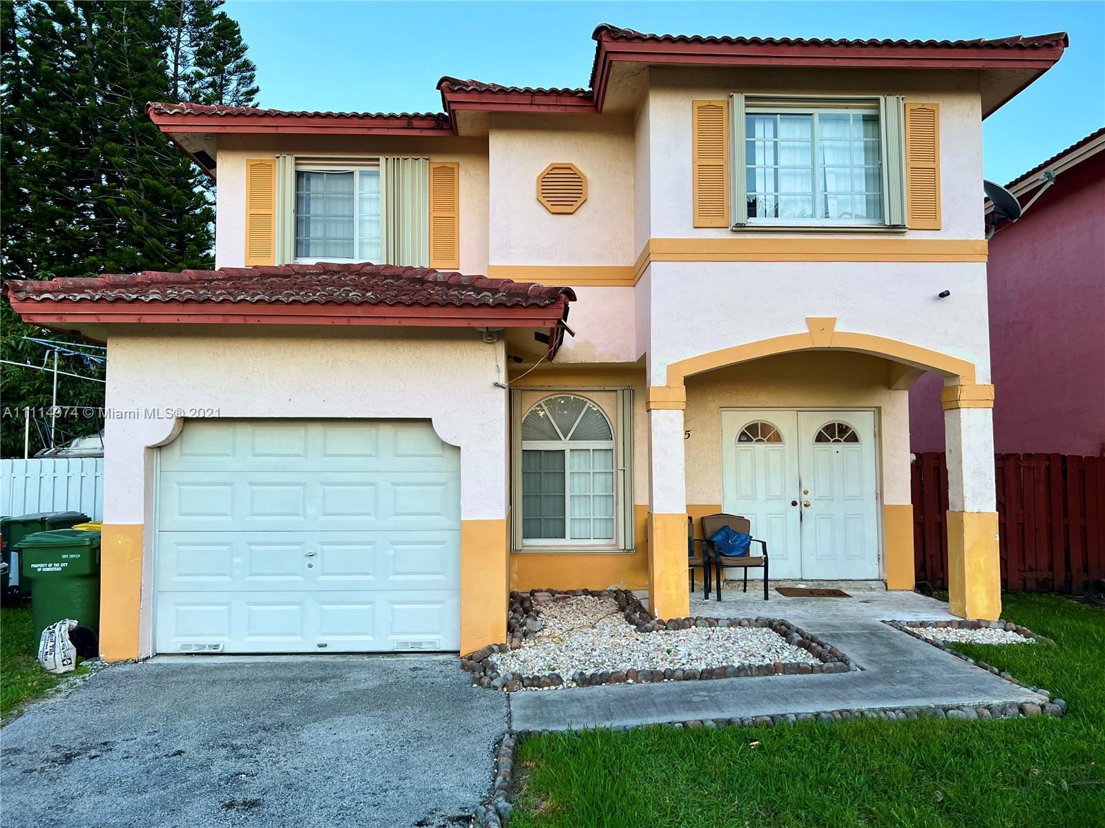 Single Family Home For Sale GARDENS OF HOMESTEAD1,715 Sqft