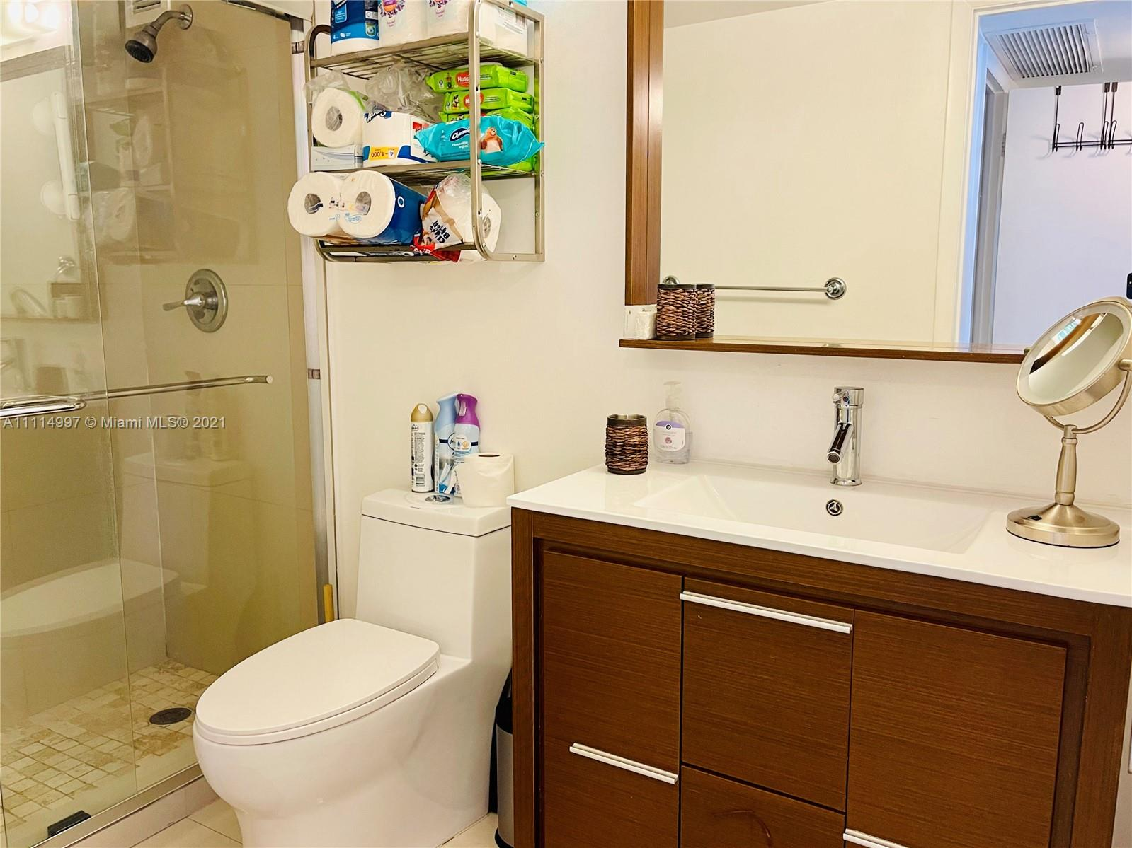 5555 Collins Ave #14G photo014