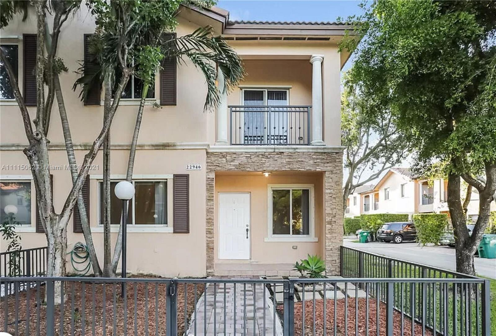 SILVER PALM HOMES Condo,For Rent,SILVER PALM HOMES Brickell,realty,broker,condos near me