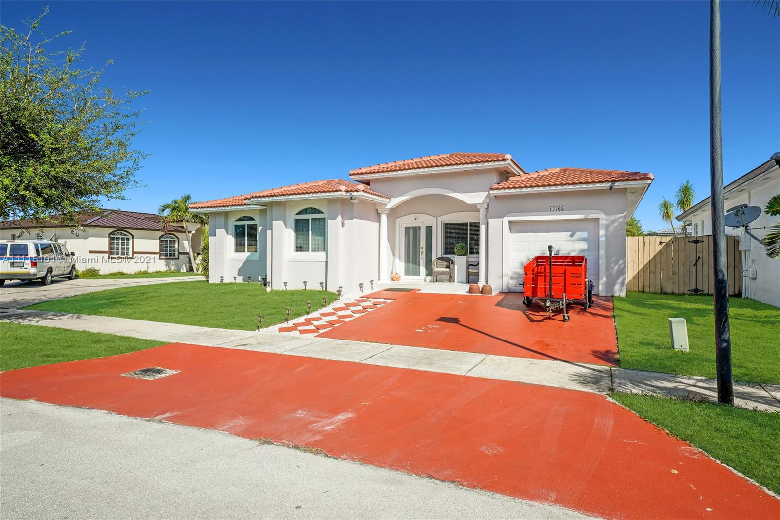 Single Family Home For Sale JESSLYN SUBDIVISION1,556 Sqft