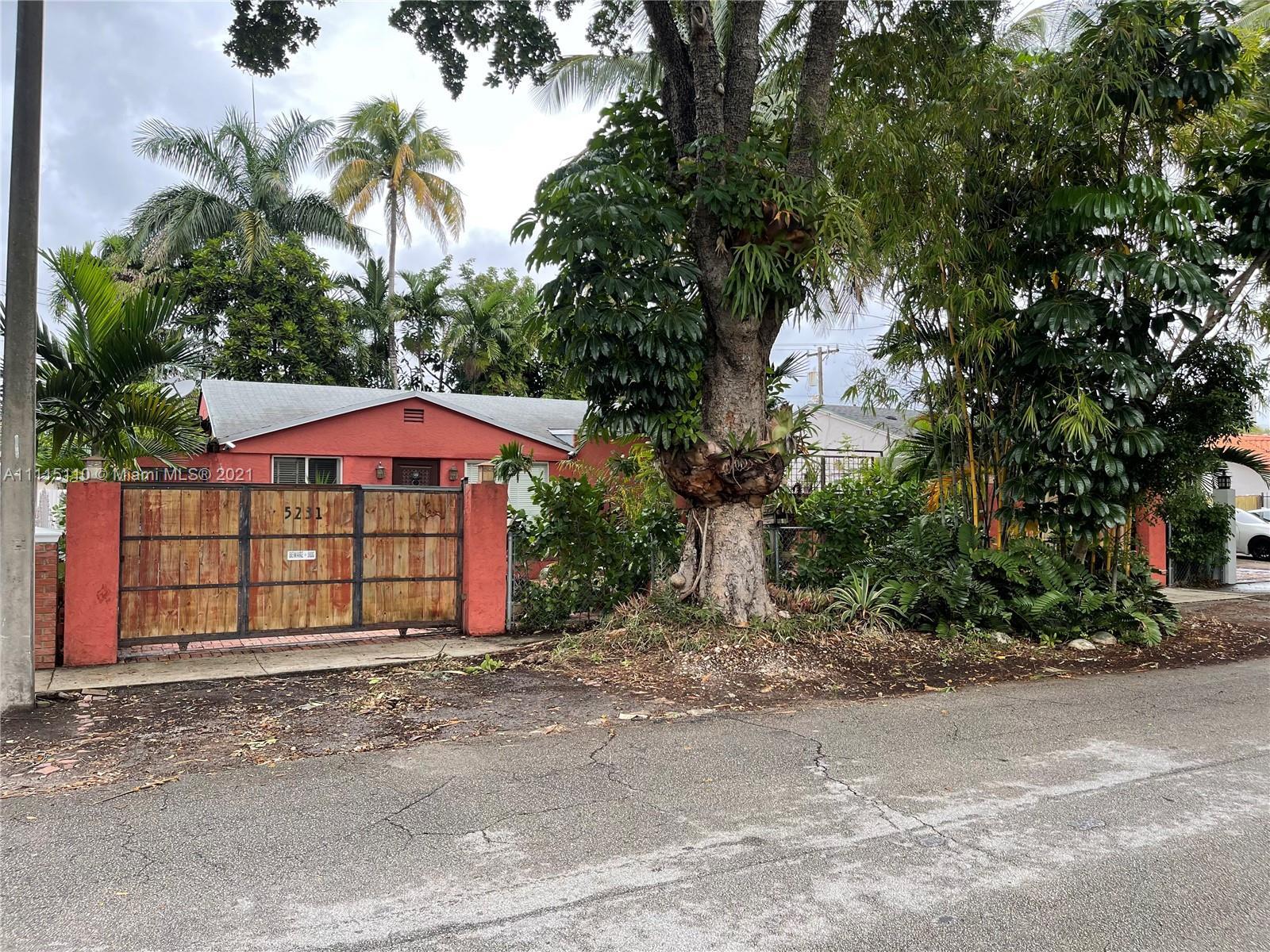 Single Family Home,For Sale,5231 SW 5th St, Miami, Florida 33134,Brickell,realty,broker,condos near me