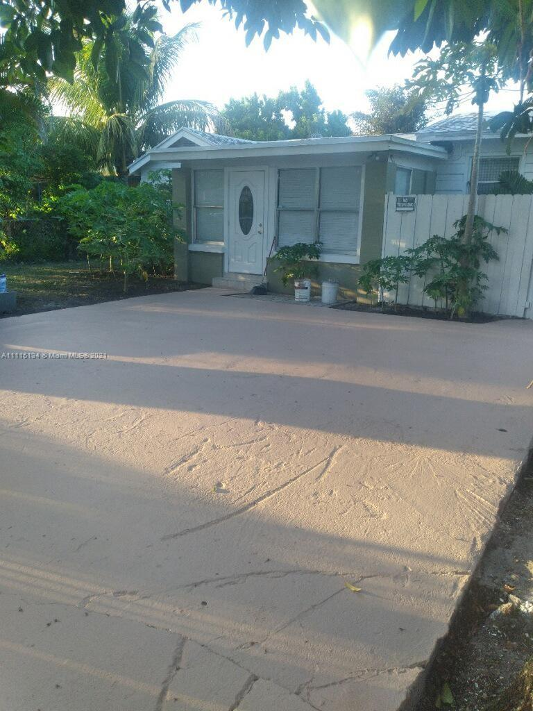 Single Family Home,For Rent,3347 NW 34th St, Miami, Florida 33142,Brickell,realty,broker,condos near me