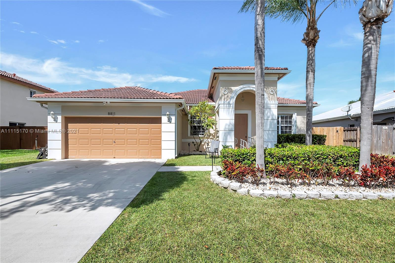 Single Family Home,For Sale,8811 SW 212th Ter, Cutler Bay, Florida 33189,Brickell,realty,broker,condos near me