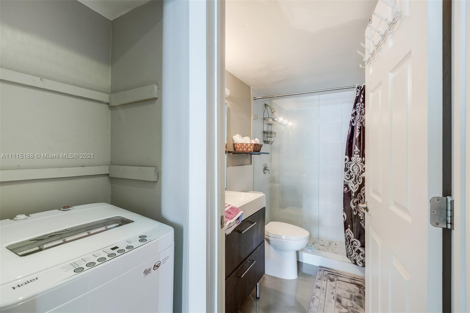 5601 Collins Ave #1509 photo014